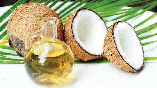 Cách trị mụn bằng dầu dừa