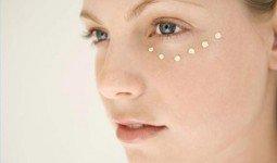 Chăm sóc sau khi điều trị mụn thịt quanh mắt