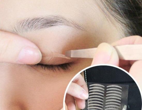 Miếng dán kích mí giúp mắt 2 mí to tròn đẹp tự nhiên