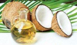 Hỏi về cách trị mụn trứng cá bằng dầu dừa