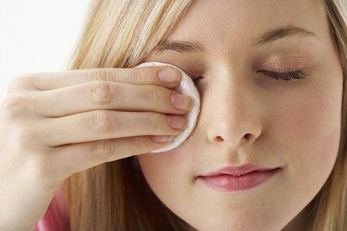 Dinh dưỡng sau khi bấm mí mắt