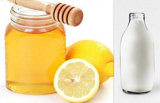 kết hợp chanh, mật ong, sữa chua để trị mụn