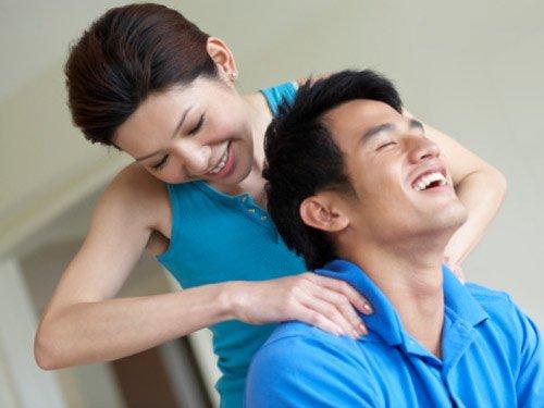 Vợ chồng hạnh phúc nhờ nâng ngực nội soi