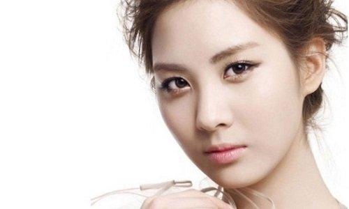 Khánh Liên hỏi bấm mí mắt Hàn Quốc có để lại sẹo không