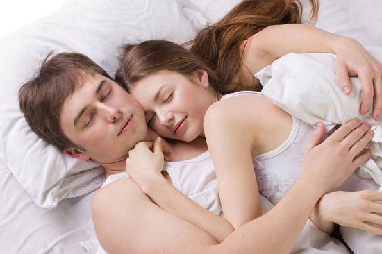 Giải đáp nâng ngực có ảnh hưởng đến quan hệ vợ chồng không