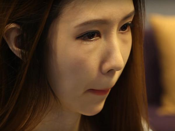 Sau khi bấm mí mắt Hàn Quốc một tháng của Minh Lý