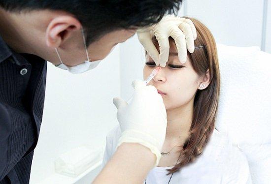 Nâng mũi không phẫu thuật có an toàn không