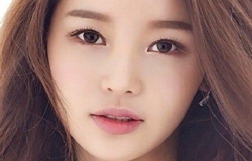 Thẩm mỹ viện bác sĩ Hà Thanh địa chỉ bấm mí mắt luồn chỉ đẹp cho bạn