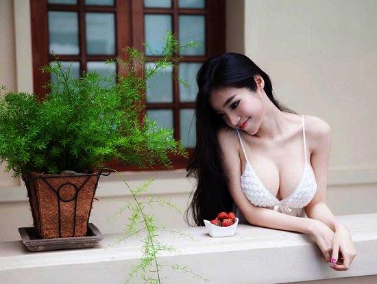 Giải đáp - Nâng ngực có làm mất đi cảm giác ngực không