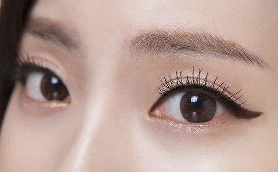 Khác biệt giữa bấm mí mắt giá rẻ và bấm mí Hàn Quốc thông thường