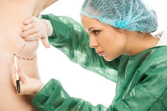 Bác sĩ nào nâng ngực đẹp và an toàn