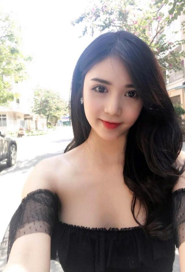 Thanh Bi (Lại Thanh) đẹp rạng ngời sau khi thẩm mỹ